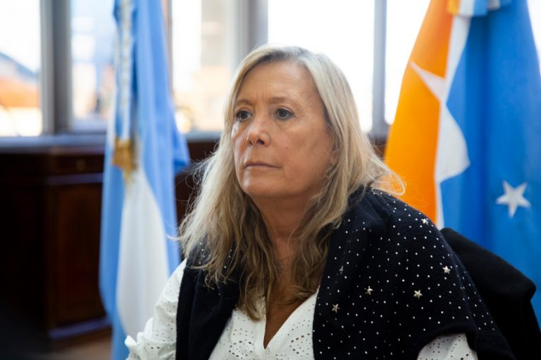 """""""Debemos cuidarnos más porque tenemos el virus circulando en la comunidad"""", remarcó Chapperón"""