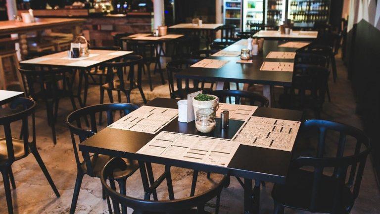 Locales gastronómicos retoman la actividad en toda la provincia, bajo estricto protocolo sanitario