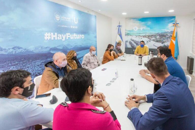 Vuoto mantuvo un encuentro de trabajo con representantes de diferentes organismos nacionales
